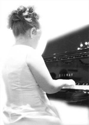 bambina-pianista.jpg